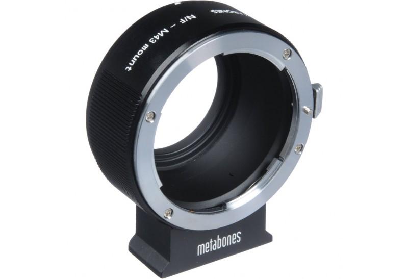 Metabones Nikon F nach Sony E-Mount II T / Nikon F nach Sony E-Mount Kamera mit dem AS kompatiblen Stativbein